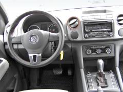 vw - Pracoviště řidiče je veskrze praktické sdostatkem prostoru