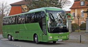 Testovaný autobus měl zajímavou barvu karoserie