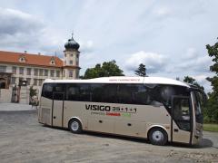 Autobus má délku 9560 mm