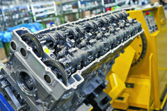 Srdcem těžkých nákladních vozidel Mercedes-Benz jsou motory řady OM 471, postavené nanové globální platformě.