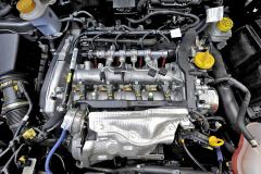 Úsporný turbodiesel 1.6 MultiJet II vprovedení 105 (koní, tedy 77kW) dostal Stop/Start