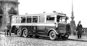 Tatra 24 byla rozšířeným typem autobusu