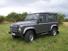 land-rover - Land Rover Defender 90 SW SE