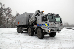 Tatra Force 8x8, kontejnerový nosič s balistickou ochranou pro pyrotechnickou službu Policie ČR (Contystem)