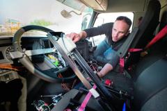 Celý systém ovládání vozidla musel být dokonale vyladěn, aby nedošlo kchybnému řešení.