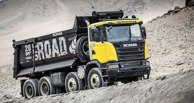 Velkoobjemový sklápěč Scania G 440 8x4 pro rozsáhlé zemní práce