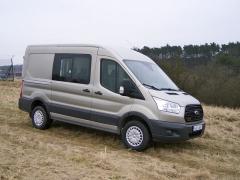 Ford Transit je nejpopulárnější automobil zcelé užitkové řady Fordu