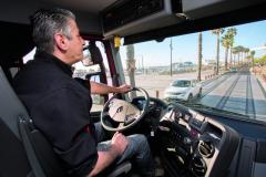 Christian Vinet jezdí jako profesionální řidič již dvacet tři let – má tedy ke schopnostem vozidel co říci.