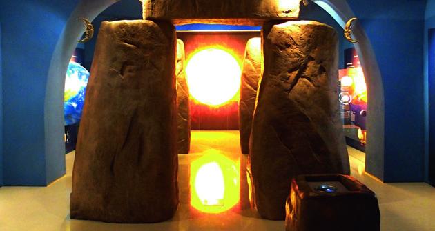 """""""Brána času""""  ala Stonehenge."""