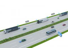 Spojení vozidel doJízdní čety. Vozidla přijímají data odřídícího trucku přes vyhrazenou frekvenci WiFi.