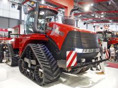 Traktor Case Quadrac 620