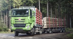 Souprava pro odvoz krátkého dřeva Tatra Phoenix Euro 6 6x6