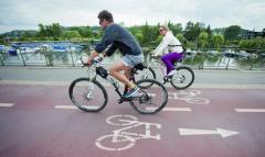Nacyklistické stezce jsou více vbezpečí.
