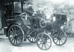 """Parní vůz Serpollet zroku 1891 určený pro """"čokoládového"""" magnáta Gastona Meniera."""