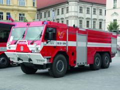 CAS 30 vyvinula společnost Tatra vespolupráci se specialistou nastavbu hasičských nástaveb THT Polička.