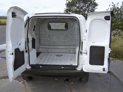 """fiat – Miniaturní """"truck"""" má nákladový prostor o objemu 2,5 m3"""