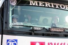 Vrcholem pro každého příchozího bylo svezení vsoutěžním speciálu – tady sedí zavolantem Huizinkova Renault MKR K520 4x4 Pascal de Baar.