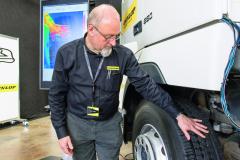 Profesionální koncept několika životů pneumatik 'Multiple Life Concept' společnosti Goodyear zahrnuje prořezávání aprotektorování apomáhá dopravcům zvyšovat ziskovost.
