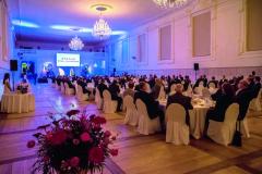 Na dvě stovky hostů mělo možnost vyslechnout představení modelů zúst nejpovolanějších vjízdárně státního zámku Valtice.
