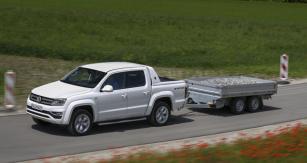 Amarok – dle motoru a výbavy – zvládne bržděný přívěs o hmotnosti až 3500 kg