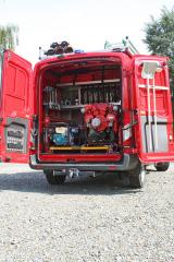 Ford Transit Kombi DA-L1Z sprostorem pro mobilní agregát a čerpadlo
