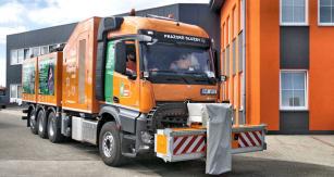 Nástavbu pohání pracovní motor Volvo
