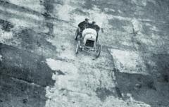 Svozem FCS nakonec Hieronymus vybojoval vroce 1908 skvělý rychlostní rekord nazávodní dráze vanglickém Brooklands.