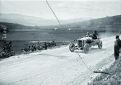 Natrati Targa Florio vroce 1922 zavolantem Steyru 6 C. Pro Ottu Hieronyma to byl závod vítězný.