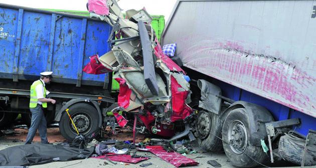 Někdy jsou dopravní nehody řádně zamotané.