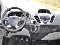 ford-Ocenil jsem klasické ovládání klimatizace i audiosoustavy na přehledné palubní desce