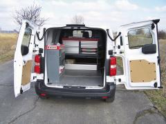 toyota-Konkrétní vozidlo bylo vybaveno skříňovým systémem Würth