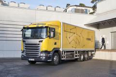 Hybridní nákladní vůz pro tiché doručování