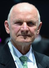 Ferdinand Karl PiËch (narozen 17. dubna 1937 ve Vídni) oslavil o letošním Velikonočním pondělí 80 let.