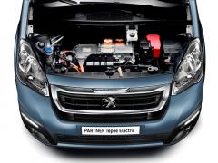 Peugeot Partner vyrábí osobní i užitkovou verzi selektrickým motorem