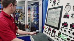 Výroba minibusu za použití špičkových technologií