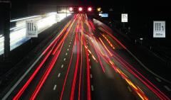 Silniční provoz neustále houstne a rizika se zvyšují.
