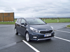 KIA Carens 1.7 CRDi Exclusive DCT