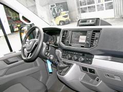 Ergonomicky naprosto vydařené pracoviště řidiče zaslouží pochvalu