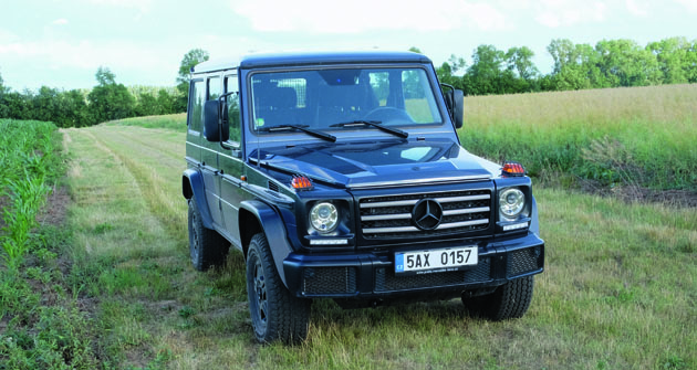 Celková hmotnost 3,2 t, maximální rychlost 192 km/h, motor V6 Bluetec Euro 6, ultimativní off road  – co chcete víc!
