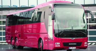 """Počátkem května vMAN Modification Center vPlauen převzal dopravce DER SCHMIDT první čtveřici autobusů edice """"Büssing Edition"""". Autobusy dlouhé 13800mm poskytují pohodlné místo  ksezení 44 cestujícím."""