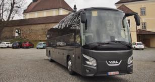 Luxusní dálkový autobus VDL Futura FHD 2