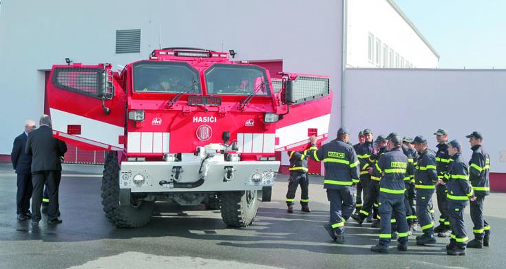 Nové speciální odolnější hasičské stříkačky Tatra Titan jsou zcela jistě nejmodernější hasičskou azáchrannou technikou, ato nejen vČR.