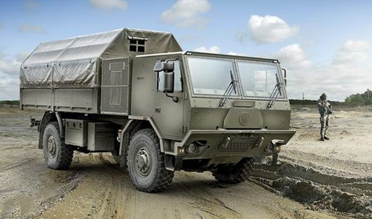 Vozidla Tatra a vojenská služba - tradiční spojení.