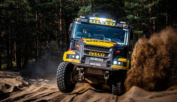 Martin Macík jr. s novým soutěžním kamionem Iveco PowerStar (Karel) dorazil do cíle soutěže Baja Poland 2019 na celkovém jedenáctém místě mezi automobily. V kategorii kamiony startoval sám a tedy jasně zvítězil.