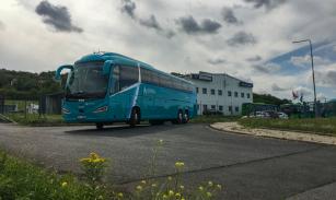 Nové luxusní autobusy Scania Irizar i6s budou jezdit na trase z Prahy do Teplic.