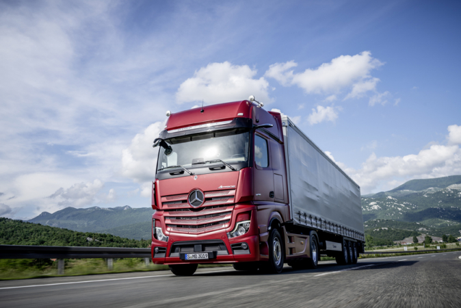 International Truck of the Year 2020 - Nový Actros