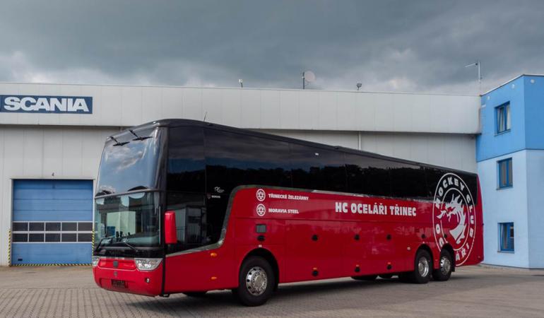 Scania pro hokejisty Třince.