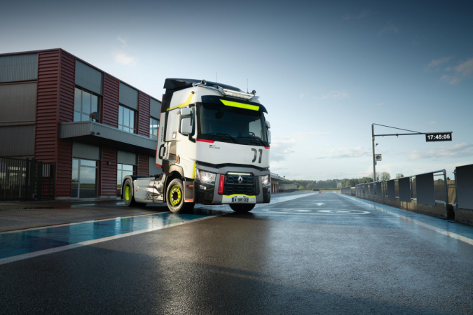 Renault Trucks T 01 Racing