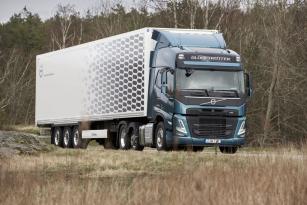Modernizované Volvo FH poznáte hlavně podle změn na budce