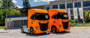 Iveco S-WAY pro Honda Repsol Team.